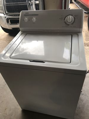 Kenmore washer excellent condition everything works no issues extra large capacity for Sale in Pantego, TX