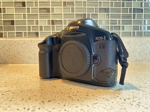 Canon EOS 1v for Sale in Parker, CO