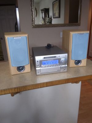 Kenwood compact disc stereo system for Sale in Everett, WA