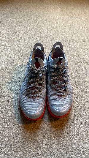Nike crusader basketball shoe size 10 for Sale in Chantilly, VA