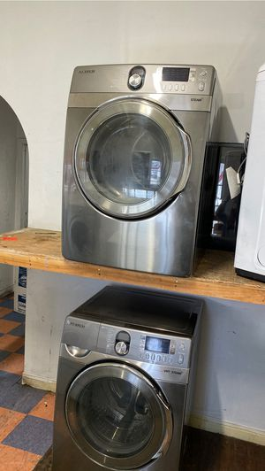 SAMSUNG HE FRONT LOAD WASHER AND DRYER SET STEAM for Sale in Costa Mesa, CA