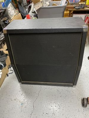 Behringer 4X12 Guitar Cab for Sale in Vance, AL