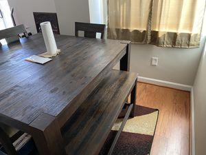Dining room set for Sale in Alexandria, VA