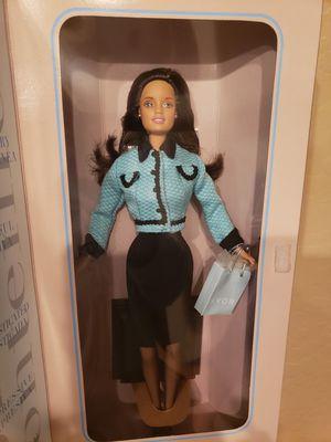 Career Barbie 1998- Avon for Sale in Sun City, AZ