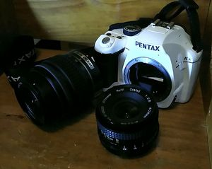 Pentax KX Digital Camera with 2 lens (18-55mm auto + Prime 28mm 2.8 Manual great for portraits and Video). for Sale in Hialeah, FL