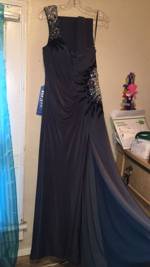 Grey rhinestone prom dress for Sale in Lakewood, OH