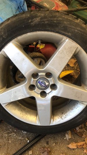Volvo rim and tires set of 4 for Sale in Cecil-Bishop, PA