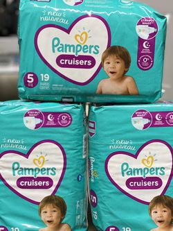 Pampers Cruisers Diapers Size 5 for Sale in Burbank,  CA