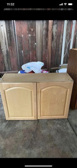 Cabinet with shelf inside( still available) for Sale in Fremont,  CA