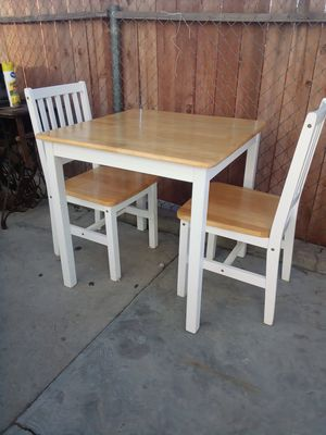 Dinning table for 2 for Sale in Fontana, CA