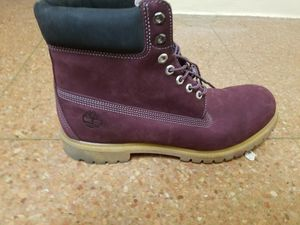Timberland Burgundy Siz 13 for Sale in New York, NY