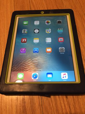 Apple IPad 3 wifi and cellular for Sale in Chicago, IL