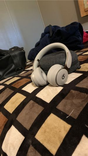 Beats solo pros for Sale in Kingsburg, CA