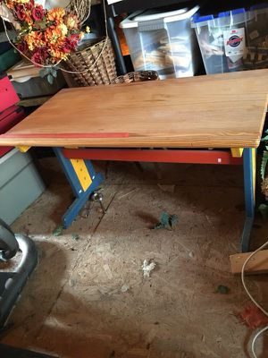 Kids wooden desk with metal chair for Sale in Martinsburg, WV