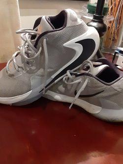 Men's Nike Freak Basketball Shoe Size 10 1/2 for Sale in Washington,  DC