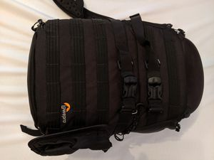 Lowerpro Protactic 350aw Camera Bag backpack GREAT CONDITION for Sale in Chicago, IL