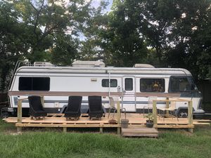 Motor home 34/36 ft Did run before needs tlc for Sale in Houston, TX