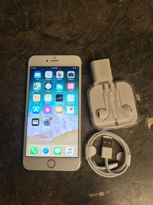iPhone 6 unlocked for all carriers for Sale in Des Moines, WA