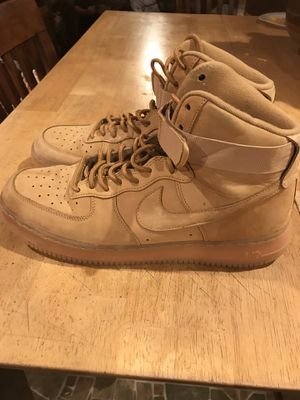 Men's Air Nike shoes size 11.5 for Sale in El Paso, TX