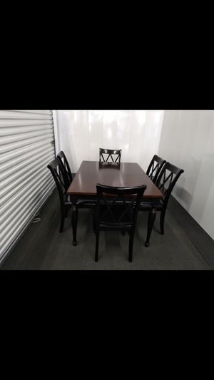 Dining Table & 6 chairs for Sale in Durham, NC