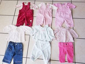 0-3 months baby girl winter clothes / outfits for Sale in Westmont, IL