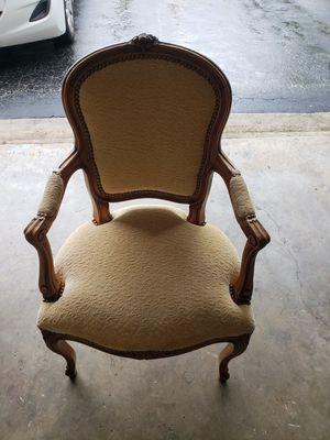 Antique Chair for Sale in Pompano Beach, FL