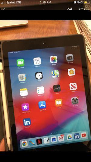iPad 6th generation +Apple Pencil+ cover for Sale in Lombard, IL
