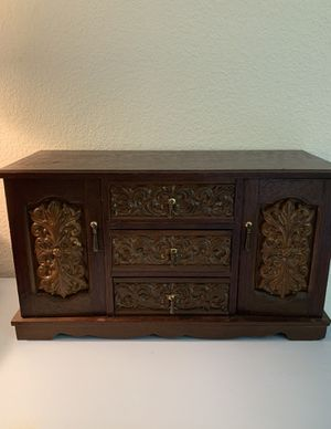 """Mid-Century Wooden Music Jewelry Chest Box Royal Sealy Gimbels Ornate Vintage 6lb 16x9x6"""" for Sale in Martinez, CA"""