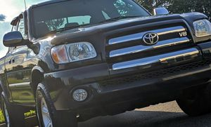 Perfect 2005 Toyota Tundra 4WDWheels for Sale in Chicago, IL