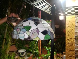"""20"""" Tiffany hanging lamp for Sale in Miami, FL"""