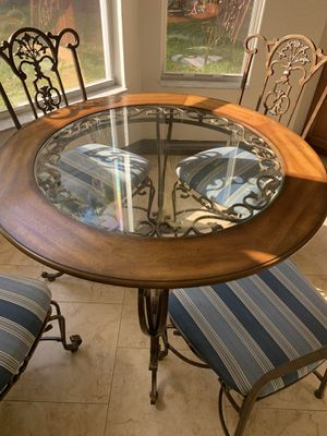 Kitchen table 4 chairs for Sale in Cape Coral, FL