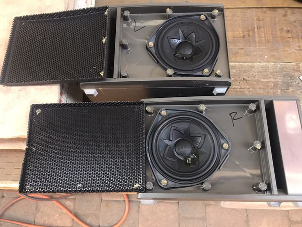 Set of Bose speakers Clairemont Mesa