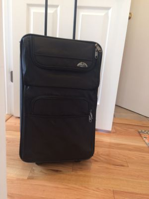 Black Carry-on luggage for Sale in Merrick, NY