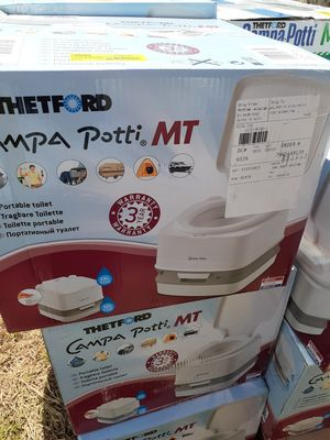 Campa potty portable toilet for Sale in Visalia, CA