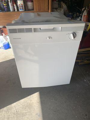 Frigidaire dishwasher for Sale in Lakeland, FL