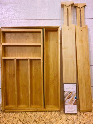 Bamboo Expandable Flatware Drawer Organizer / (3) Bamboo Expandable Drawer Dividers for Sale in Covington, WA