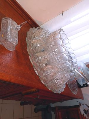 Antique punch bowl with 14 glass cups and punch pour spoon for Sale in Pasadena, TX