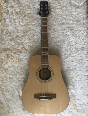 Guitar for Sale in Fort Worth, TX