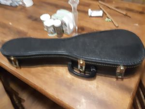 Old Creek Winery Violin Case for Sale in Cairo, GA