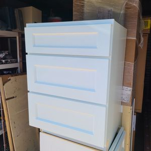 Cabinets - Upper & Lower for Sale in Euless, TX
