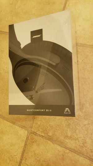 Bose Quiet Comfort 35ii wireless headset headphones for Sale in Hickory Creek, TX