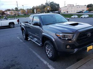 2018 toyota tacoma like brand new, rebuilt title, 27,000 miles for Sale in McDonogh, MD