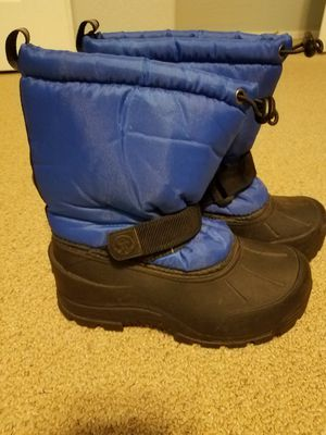 Snow boots size 10 kids for Sale in Gilbert, AZ
