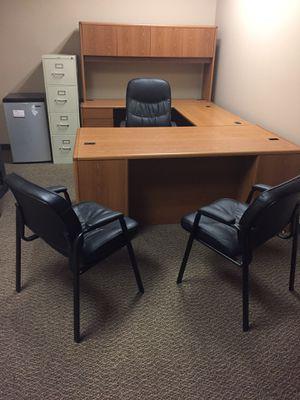 Executive desk and credenza for Sale in Pontiac, MI