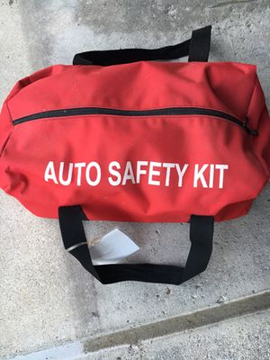 Auto Safety Kit Duffle Bag Deluxe for Sale in Canton, MI