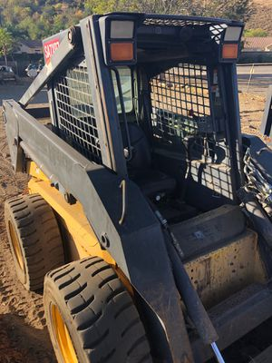 2004 New Holland LS180 for Sale in Rimforest, CA