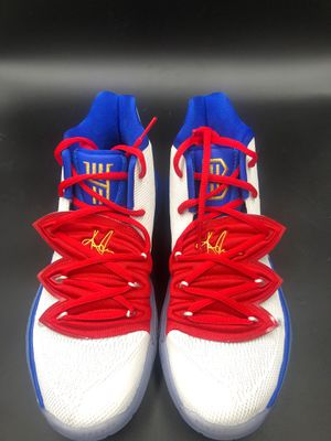 Nike Kyrie 5 v sz7 Nike ID for Sale in Castro Valley, CA