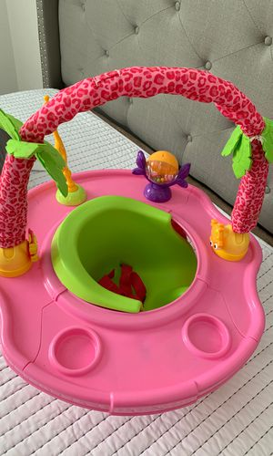 Infant 3 Stage booster and activity seat for girls for Sale in Torrance, CA