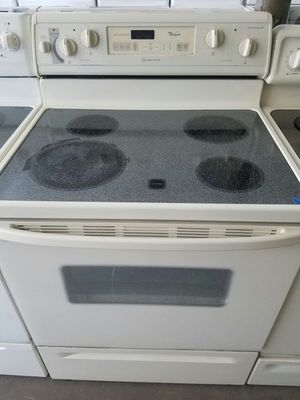 Whirlpool glass top stove for Sale in Tampa, FL