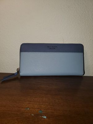Women's authentic Kate spade wallet. for Sale in Portland, OR